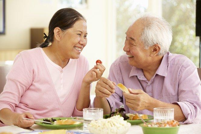 Chế độ ăn uống tăng sức đề kháng cho người cao tuổi
