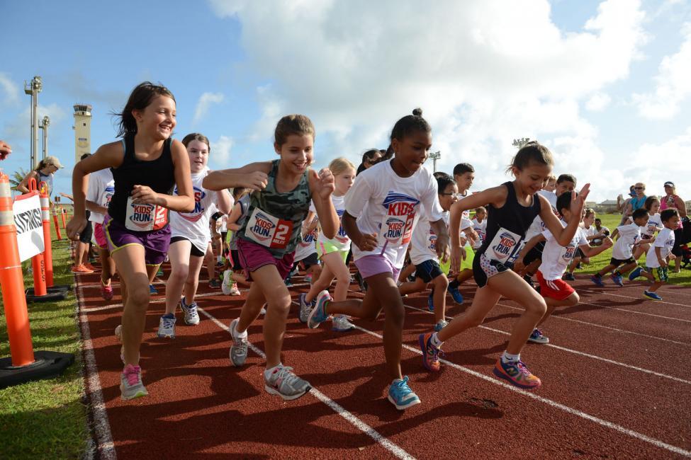 Tập thể dục nâng cao sức khỏe thanh thiếu niên
