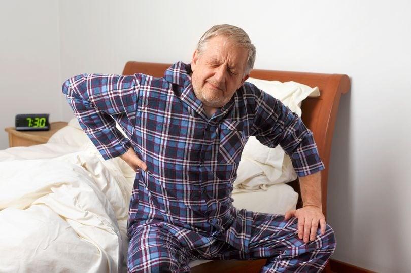 Theo Hội lão khoa khoa học vấn đề sức khỏe của Hoa Kỳ (National Council on) hiện tại có khoảng 79% người cao tuổi; mắc phải ít nhất một bệnh có nhiều khả năng bị mắc phải và sơ suất. Thậm chí có và 63% người cao tuổi mắc ít nhất những bệnh nguy hiểm tới tim. Bệnh tim, đột quỵ, đau cơ xương và đái tháo đường là những bệnh có thể gây ảnh hưởng nghiêm trọng. Nó ; gây ra nhiều tốn kém trong chi phí điều trị bệnh viện khỏi bệnh. Và; đồng thời cũng là nguyên nhân gây ra ¾ số ca tử vong trên toàn thế giới mỗi năm.